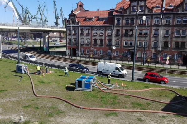 UPRENT COMPANY CARRIED OUT A PROJECT CONSISTING OF PERFORMING MEASUREMENTS ON THE MAIN SEWAGE COLLECTOR IN GDANSK AT UL. JOHN OF KOLNAZ WHILE KEEPING ALL ASPECTS OF OCCUPATIONAL SAFETY AND HEALTH.